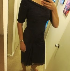 Tadashi Shoji Dresses - Beautiful dress